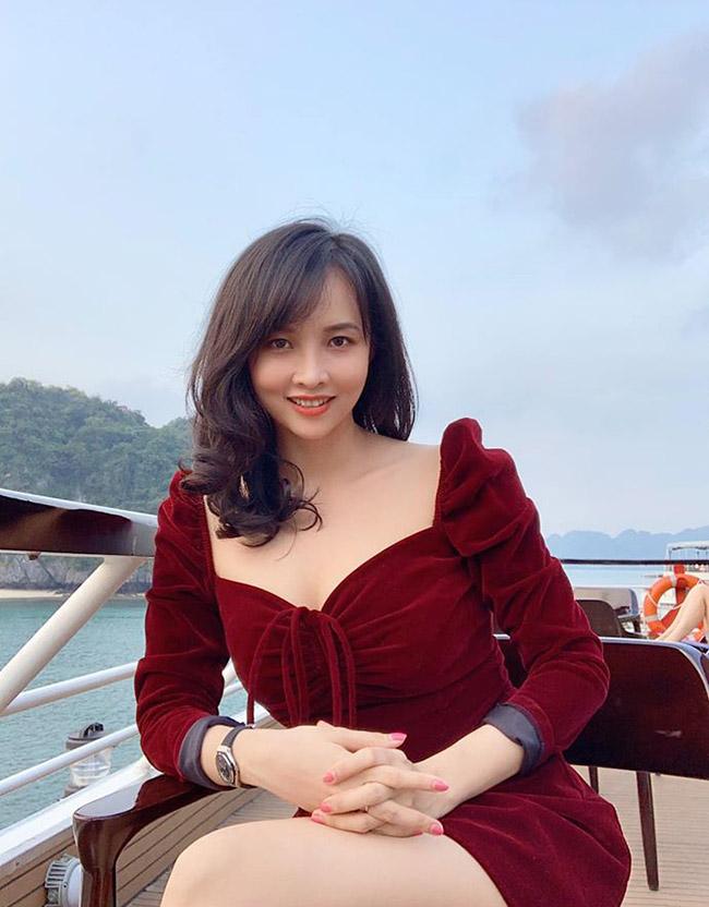 Đối lập với phong cách có phần sexy,Lucy Như Thảo luôn nghiêm túc với cuộc sống và các mối quan hệ, luôn từ chối một cách thẳng thắn những lời đề nghị khiếm nhã.