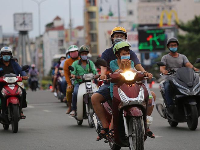 Người dùng gặp khó khi mua phải xe máy không có công tắc đèn - 1