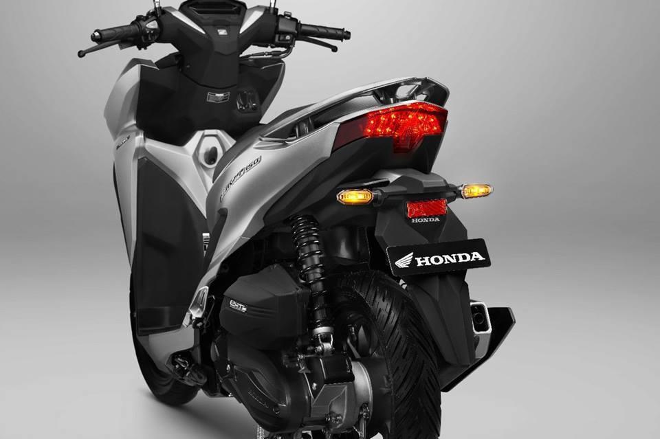 Top xe tay ga 150cc thiết kế đẹp, cốp rộng, phanh an toàn có giá từ 50 triệu đồng - 1