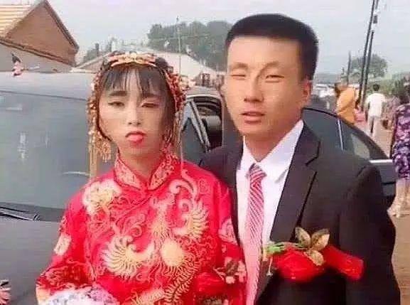 Hình ảnh cô dâu xấu xí, kỳ lạ gây sốt MXH, sự thật phía sau gây ra nhiều tranh cãi - 1