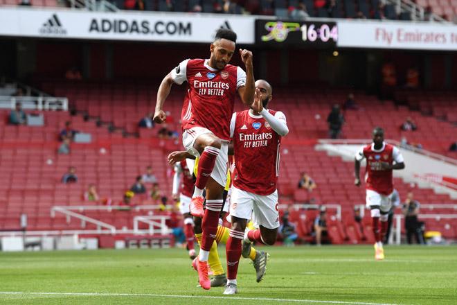 Video highlight trận Arsenal - Watford: Phạt đền bước ngoặt, siêu phẩm mãn nhãn - 1