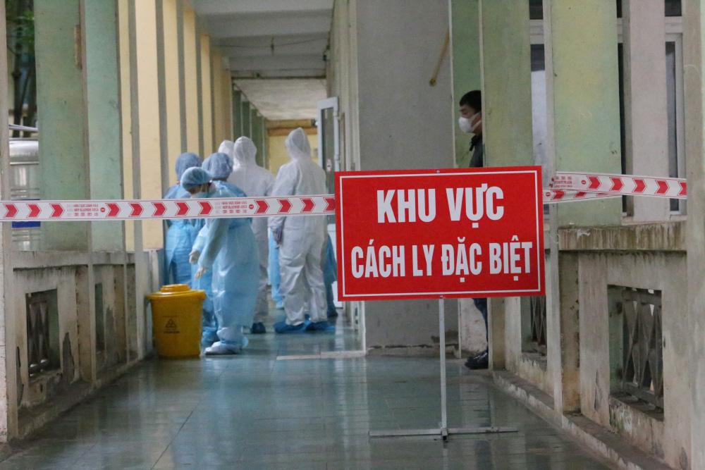 Bộ Y tế hỗ trợ chuyên môn cùng Đà Nẵng tổ chức kỳ thi THPT Quốc gia an toàn - 1