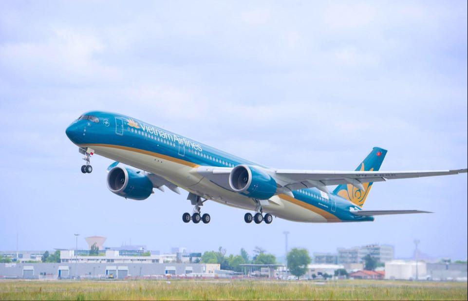 Cục Hàng không: Cần 4 ngày để giải tỏa80.000 hành khách khỏi Đà Nẵng - 1