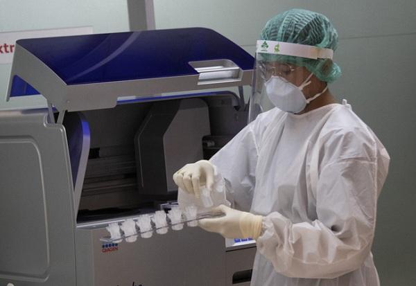 Thái Lan sẽ bán vaccine Covid-19 giá 450.000 đồng một mũi tiêm? - 1