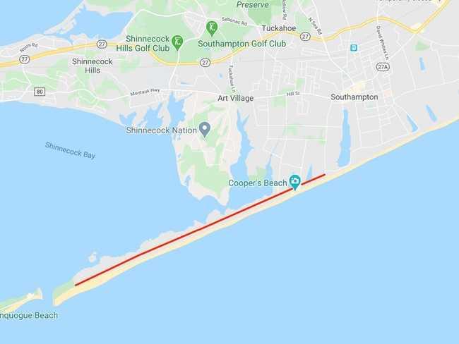 Làn đường dài năm dặm chạy dọc theo một dải bờ biển hẹp ở Southampton, nơi có nhiều biệt thự trị giá hàng triệu đô la.