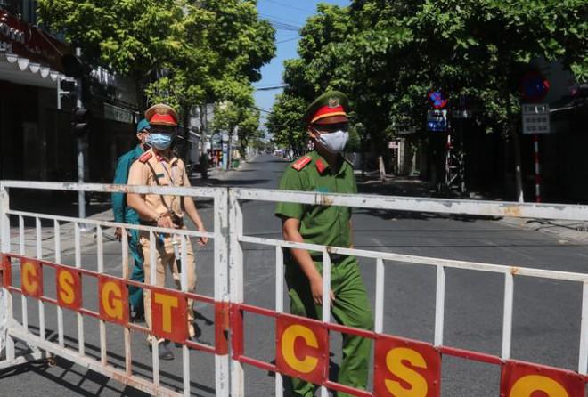 Từ 13h chiều nay, Đà Nẵng chính thức cách ly xã hội toàn thành phố - 1