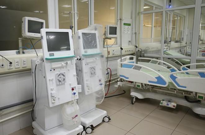 Bên trong bệnh viện đón 120 người nhiễm COVID-19 về từ Guinea Xích Đạo - 7