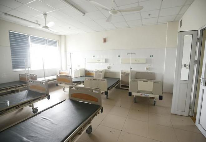 Bên trong bệnh viện đón 120 người nhiễm COVID-19 về từ Guinea Xích Đạo - 8