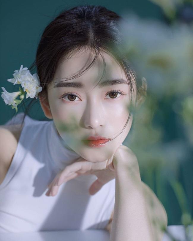 """""""Nữ thần y khoa"""" Đài LoanJen Lee luôn có mặt trong danh sách những bác sĩ có gương mặt khả ái."""