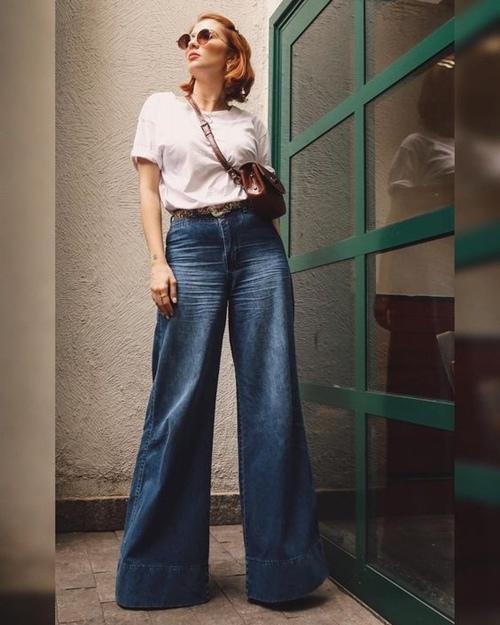 Quần jeans ống loe, màu ngà voi sẽ là xu hướng quần jeans lớn nhất mùa thu 2020 - 3
