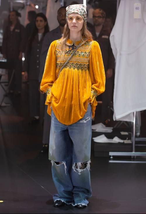 Quần jeans ống loe, màu ngà voi sẽ là xu hướng quần jeans lớn nhất mùa thu 2020 - 9