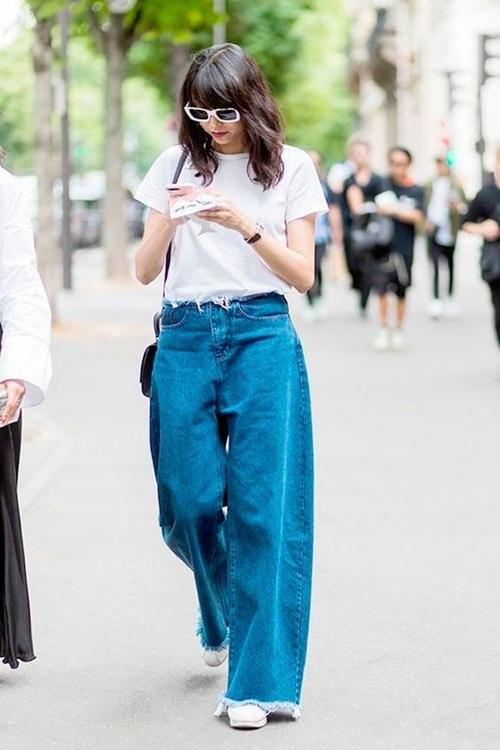 Quần jeans ống loe, màu ngà voi sẽ là xu hướng quần jeans lớn nhất mùa thu 2020 - 10