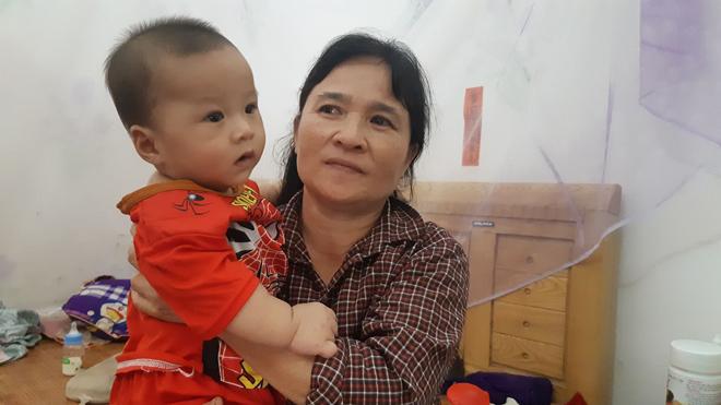 Vụ gãy thang công trình xây dựng ở Hà Nội: Xót xa cảnh vợ mất chồng, hai con nhỏ mất bố - 4