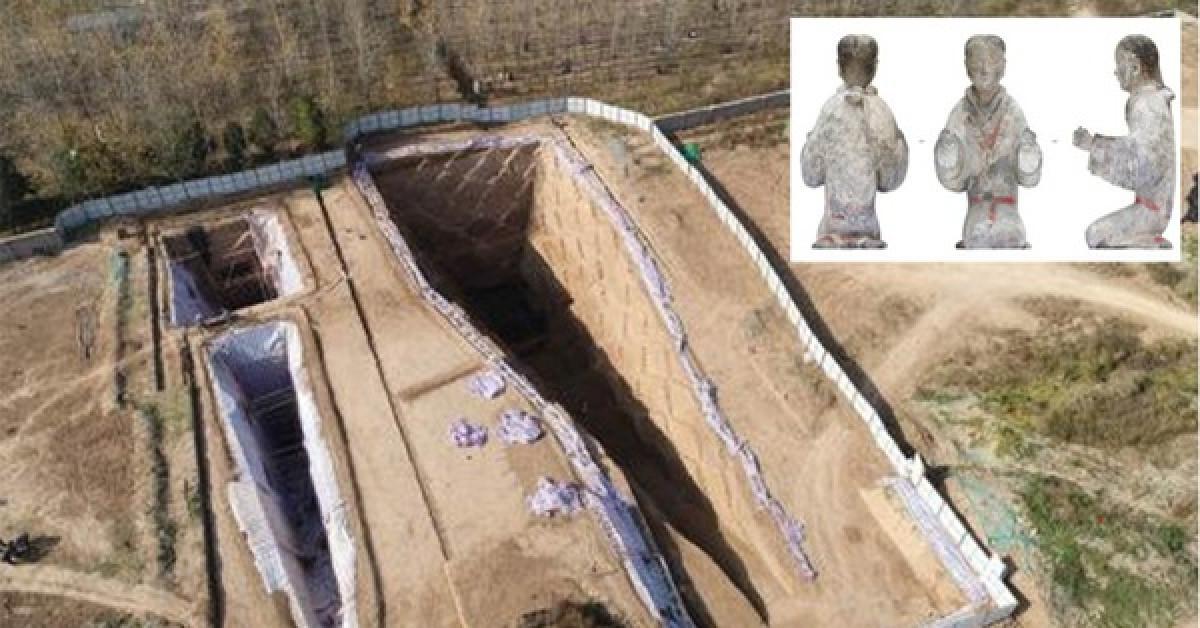 Kho báu thần chết: Hàng loạt hài cốt phủ đầy ngọc quý trong mộ cổ - 1