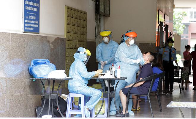Trước khi phát hiện nhiễm COVID-19, bệnh nhân 568 đi làm nhà hàng ở trung tâm TP.HCM - 1