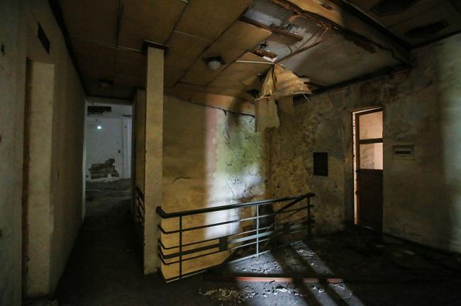 """Nếu chỉ nhìn những căn phòng này, ít ai biệt được nó nằm ở vị trí """"vàng"""" giữa thủ đô Hà Nội."""
