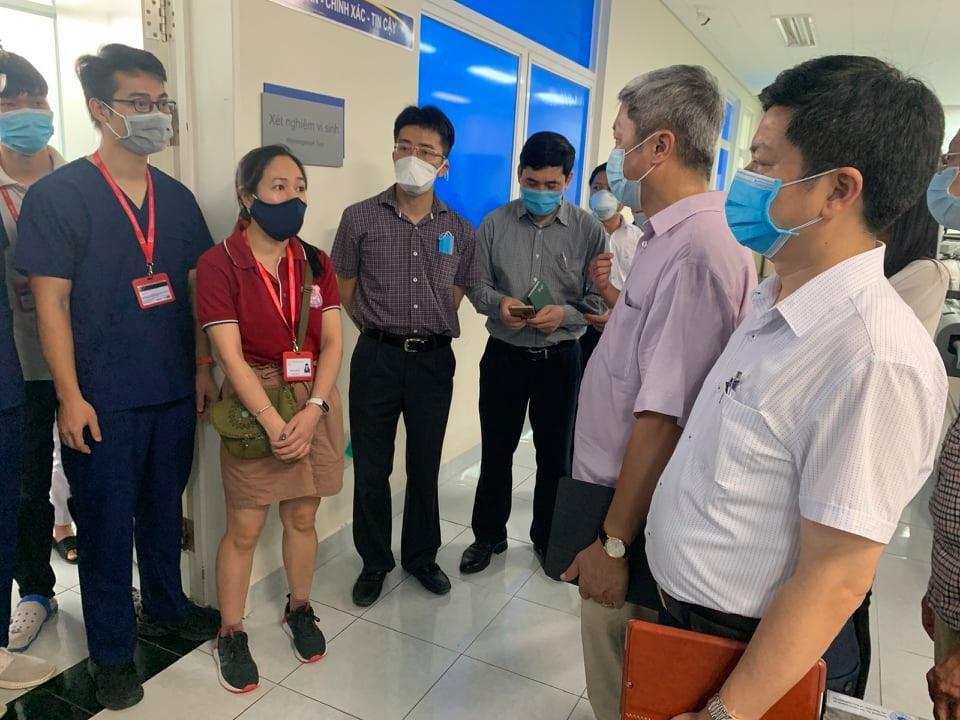 Bộ Y tế gửi công điện khẩn đề nghị 5 bệnh viện chi viện thêm chuyên gia cho Quảng Nam, Huế - 1
