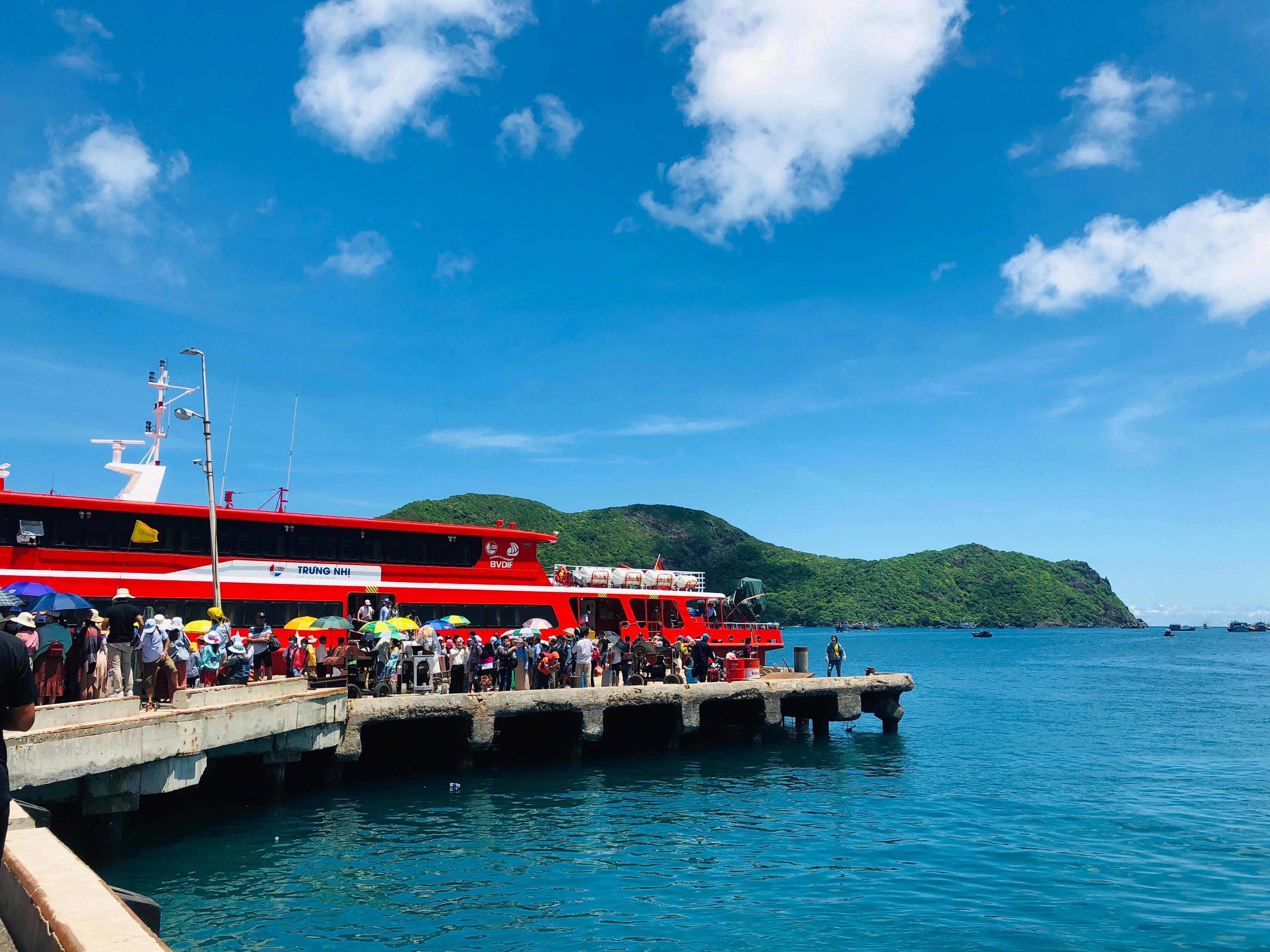 Điểm danh 15 địa điểm siêu đẹp ở Côn Đảo lên hình cực ảo - 3