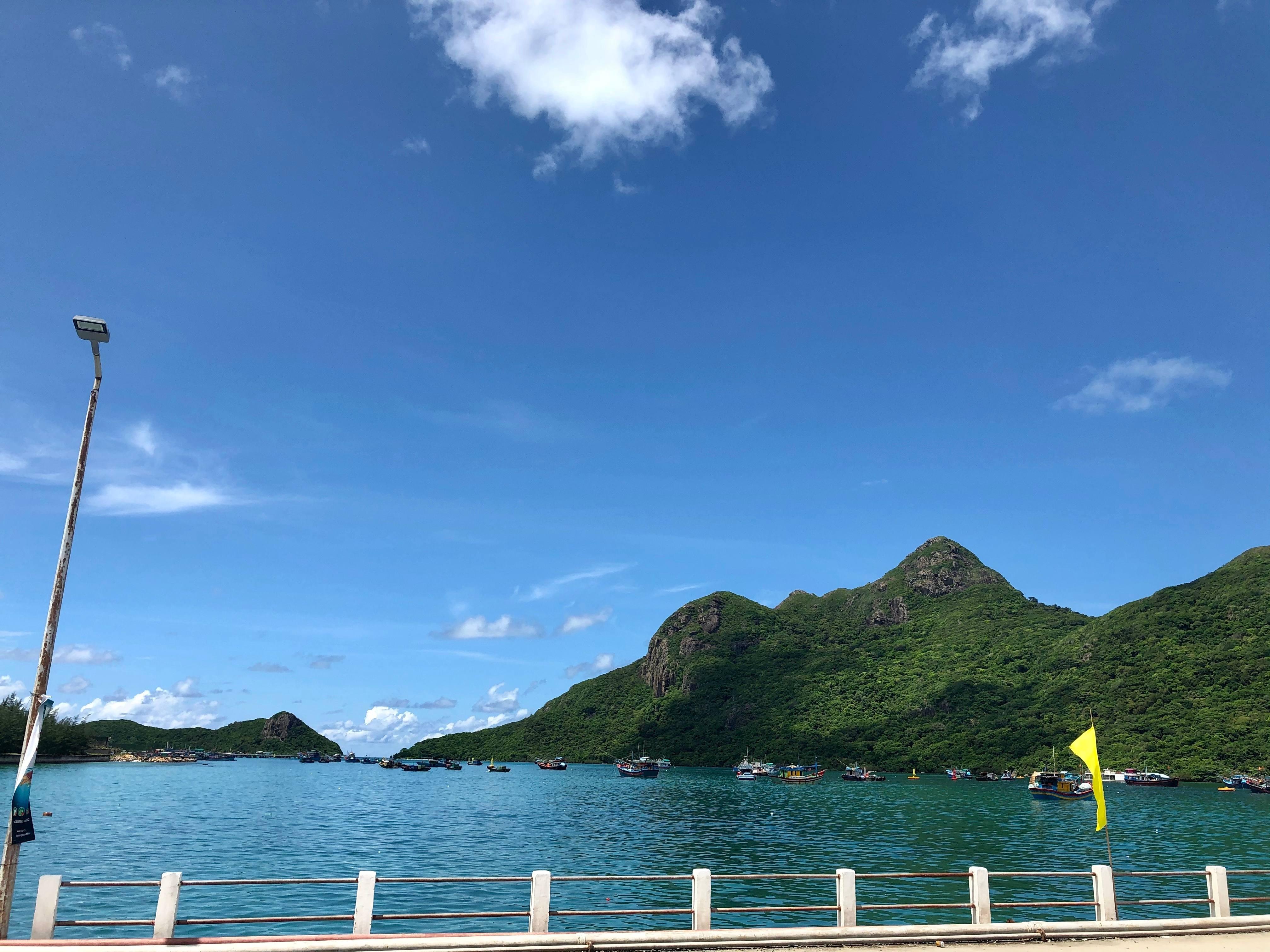 Điểm danh 15 địa điểm siêu đẹp ở Côn Đảo lên hình cực ảo - 6