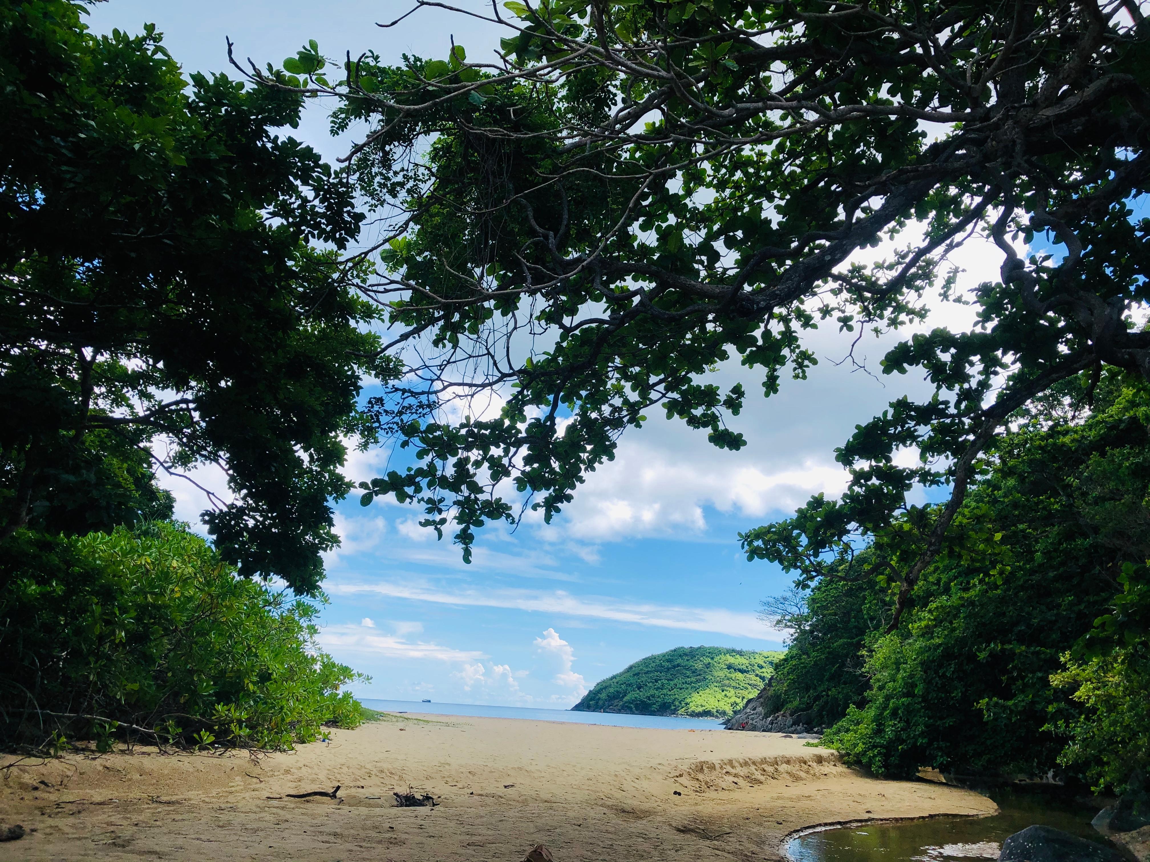 Điểm danh 15 địa điểm siêu đẹp ở Côn Đảo lên hình cực ảo - 40