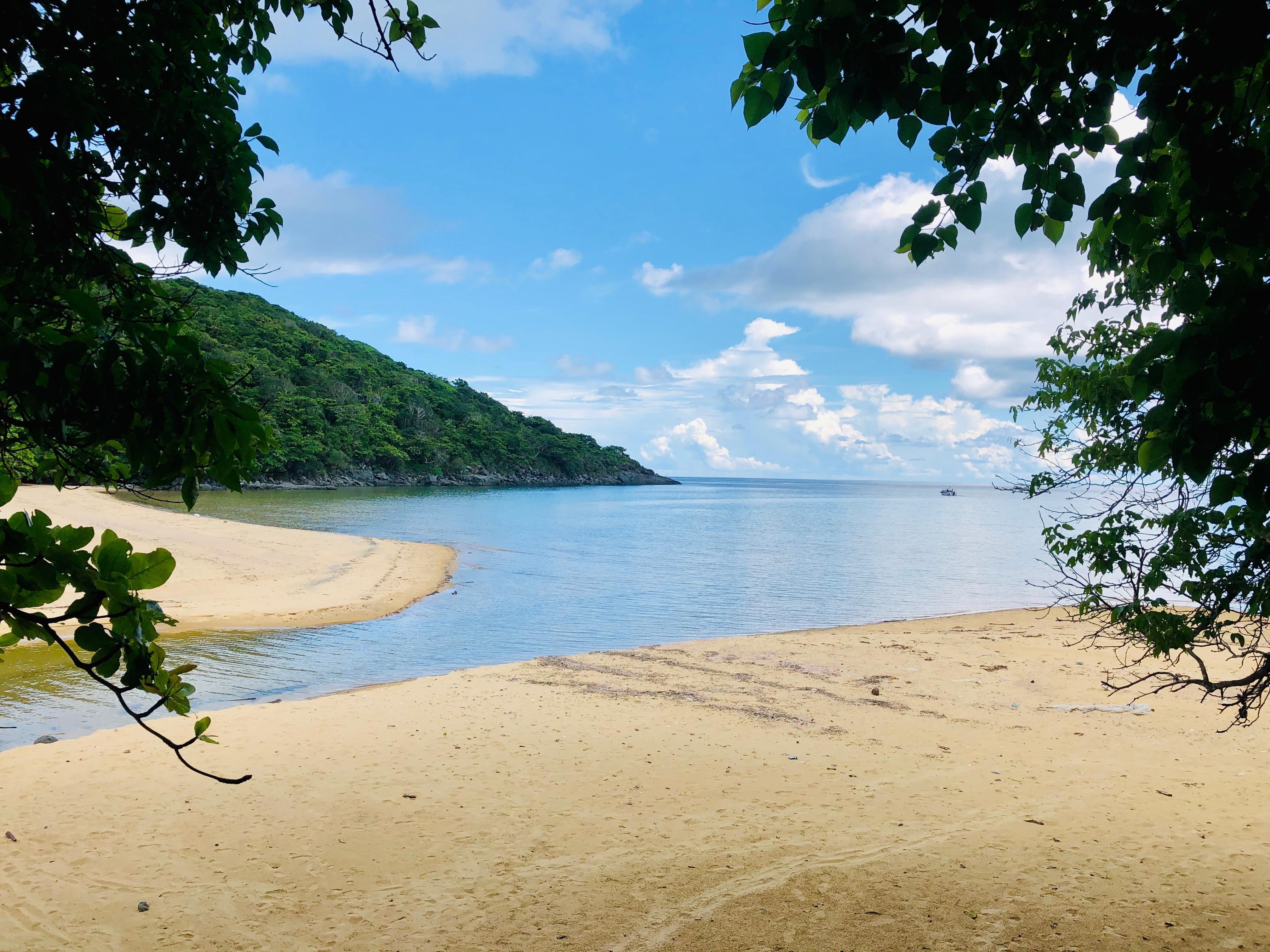 Điểm danh 15 địa điểm siêu đẹp ở Côn Đảo lên hình cực ảo - 37