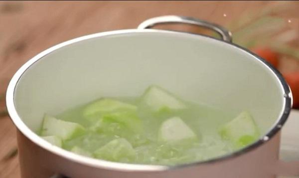 Chỉ 15 phút có ngay món ăn vừa chống lão hóa lại giúp thải độc và giảm cân hiệu quả - 3