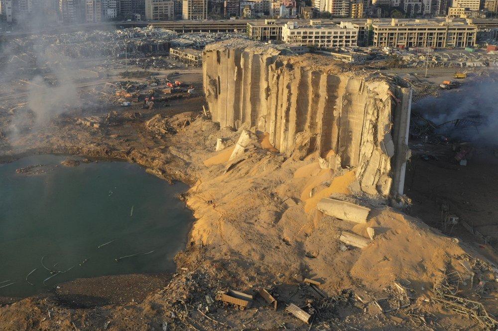 """Nổ như bom nguyên tử ở Liban: Số người chết tăng, kho lương quốc gia bị """"thổi bay"""" - 1"""