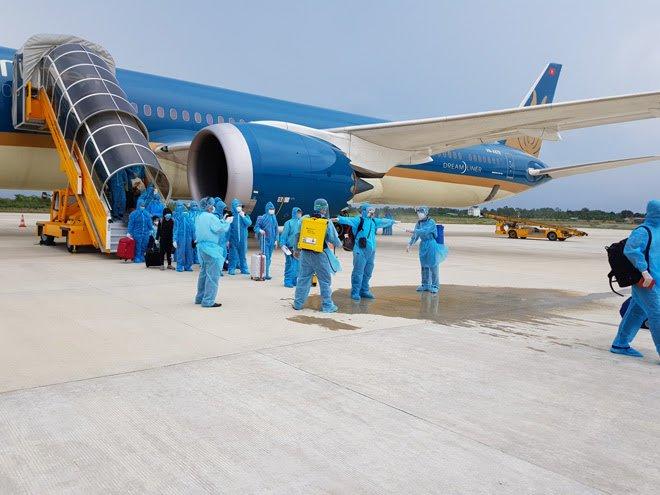 Cách ly tập trung 14 ngày tất cả du khách mắc kẹt ở Đà Nẵng khi về TP.HCM - 1