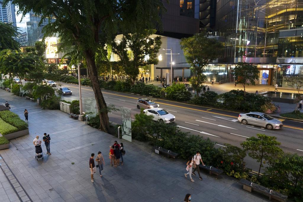 """Thánh địa """"đốt tiền"""" của Singapore trở nên hoang lạnh vì dịch bệnh - 1"""