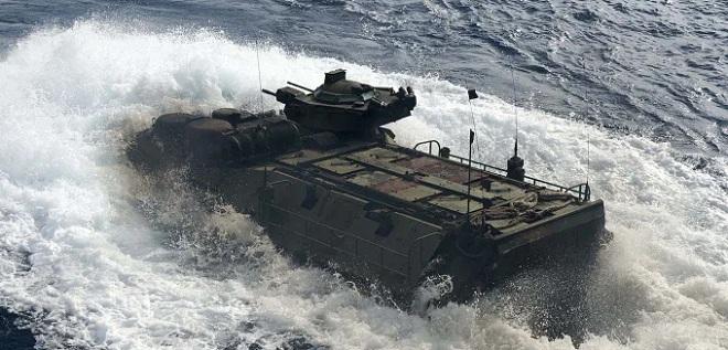 Điều xảy ra trước khi xe bọc thép Mỹ chìm khiến 8 quân nhân chết thảm - 1