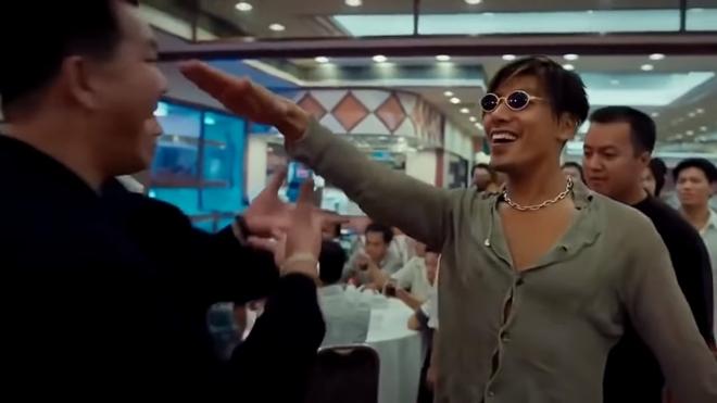 """""""Đại ca xã hội đen"""" hết thời: Sang Macau mở sòng bạc, làm từ thiện ở tuổi 57 sau bê bối mua dâm - 1"""