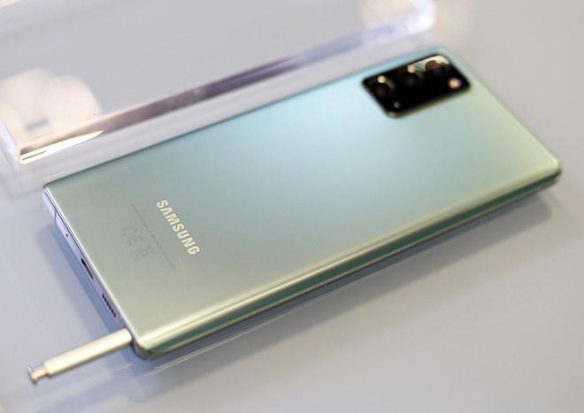 Đẳng cấp với Samsung Galaxy Note20 và bộ quà công nghệ đắt đỏ tại Thế Giới Di Động - 1