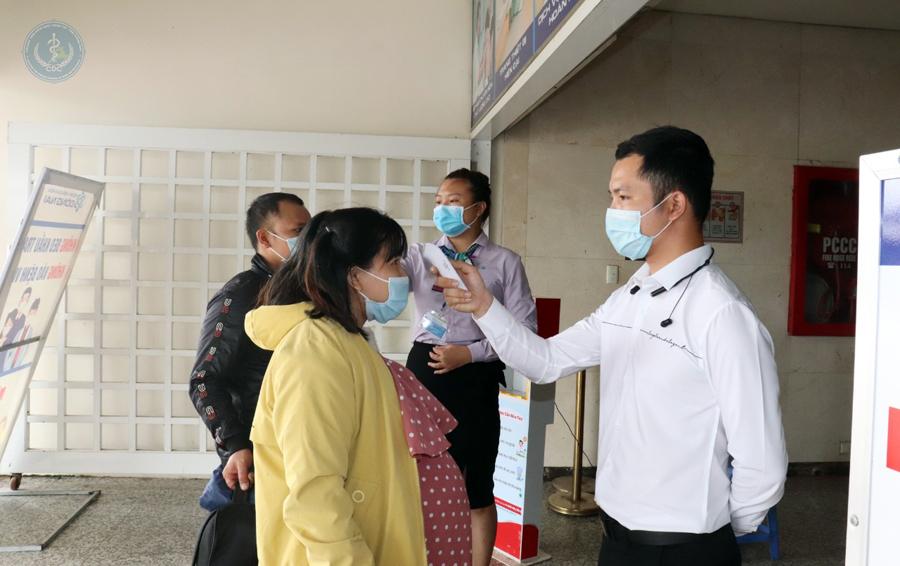 Kết quả xét nghiệm hơn 500 người tiếp xúc với vợ chồng bác sĩ nhiễm COVID-19 ở Đồng Nai - 1
