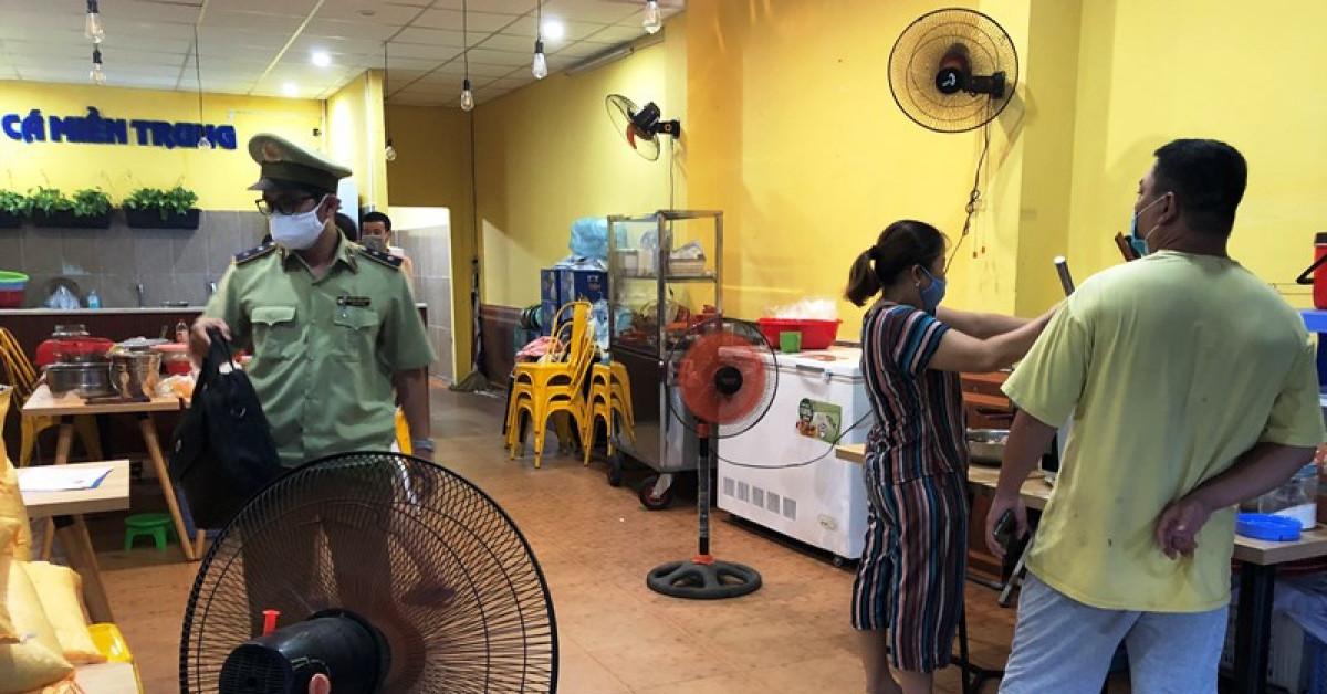 Đà Nẵng: Quản lý thị trường lập biên bản 1 quán bán bún - 1