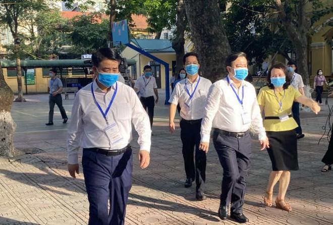 Chủ tịch Hà Nội đề nghị xét nghiệm lại PCR cho 3 thí sinh ở điểm thi Phan Đình Phùng - 1