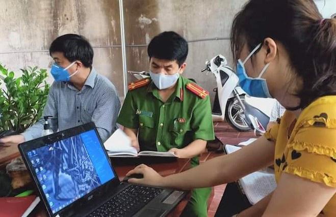 Cặp vợ chồng là F1 ca Covid-19 số 785 ở Hà Nội về quê ăn giỗ, nhiều người phải cách ly - 1