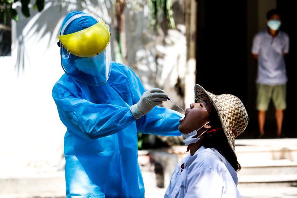 Tin vui: Nhiều bệnh nhân tại Đà Nẵng đã có kết quả âm tính với SARS-CoV-2 - 1