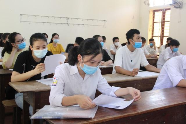 39 thí sinh vi phạm quy chế, 38 thí sinh bị đình chỉ trong kỳ thi tốt nghiệp THPT - 1