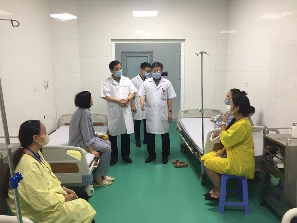 Bộ Y tế kiểm tra 2 bệnh viện ở Hà Nội có nhiều nguy cơ - 1