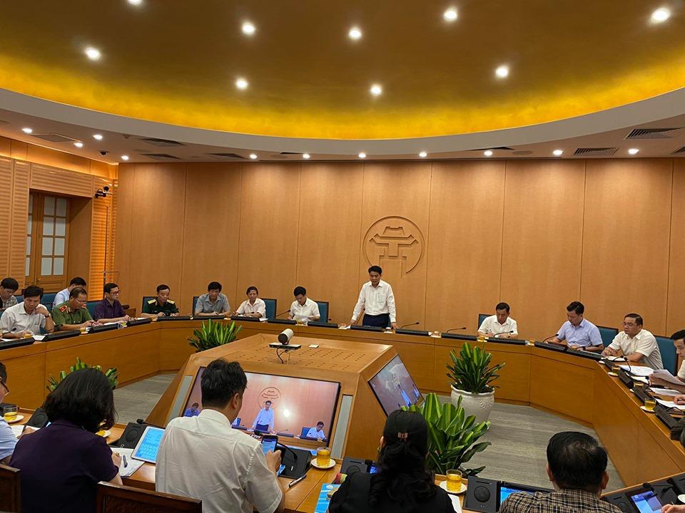 Hơn 98.000 người từ Đà Nẵng về trong tháng 7, Hà Nội mới xét nghiệm được gần 1.300 người - 1