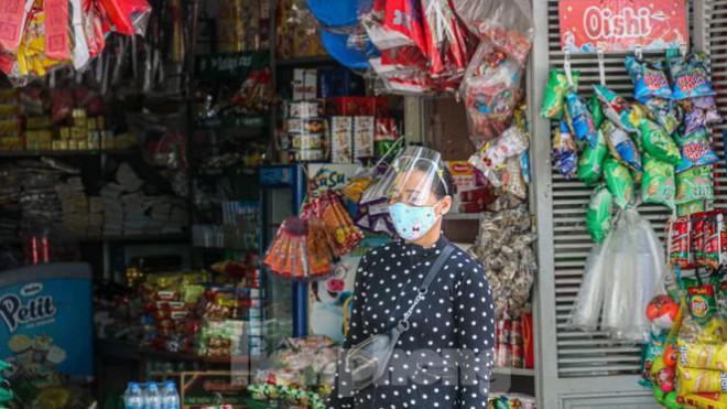 Đà Nẵng: Đổ quân ra chợ 'truy bắt' COVID-19 - 12