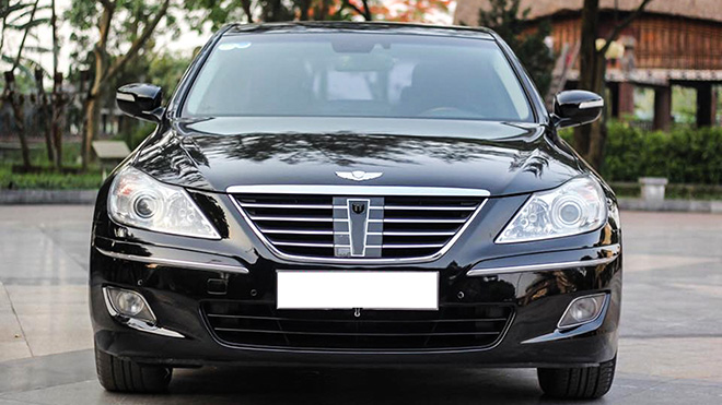 Xế sang Hyundai Genesis đời 2010 bán giá gần bằng Elantra đập thùng - 1