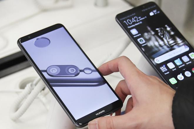 Người Mỹ sử dụng smartphone sản xuất từ Trung Quốc nhiều đến mức nào? - 1