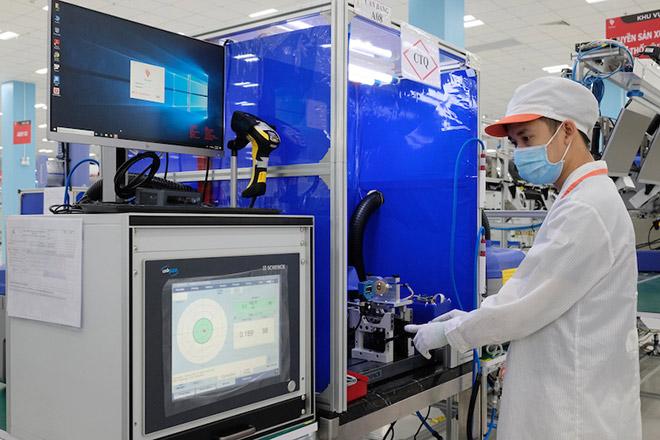 Vingroup sản xuất linh kiện máy thở cho Medtronic - 1