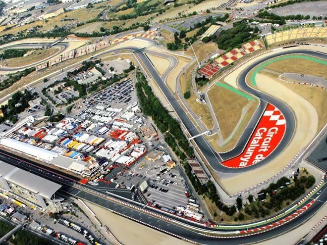 """Đua xe F1, Spanish GP: Tháng 8 khắc nghiệt """"xứ bò tót"""" & dấu hỏi những chiếc lốp - 1"""