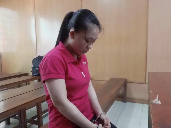 Sau trận cãi vã, cô gái 20 tuổi ra tay tàn nhẫn với chồng hờ - 1