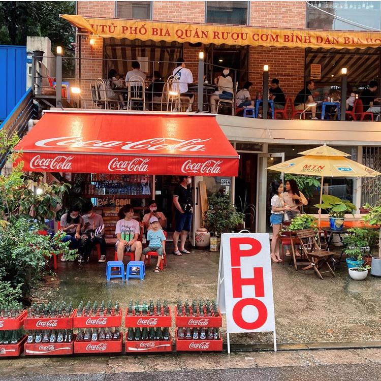 """Quán ăn vỉa hè Việt Nam """"mọc"""" lên giữa lòng Seoul, giới trẻ Hàn Quốc thi nhau check-in - 1"""