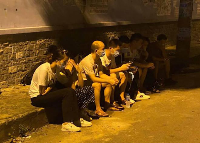 Người Trung Quốc nhập cảnh trái phép nhiễm COVID-19: TP.HCM cảnh báo nguy cơ lây lan - 1