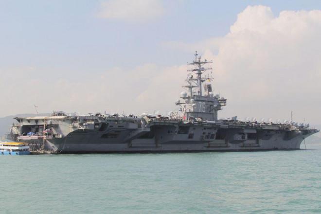 Tàu sân bay Mỹ Ronald Reagan quay lại tập trận ở Biển Đông - 1