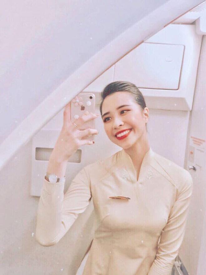 Cô gái Đắk Lắk đẹp như hoa hậu trở thành nữ tiếp viên trưởng ở tuổi 21 - 1